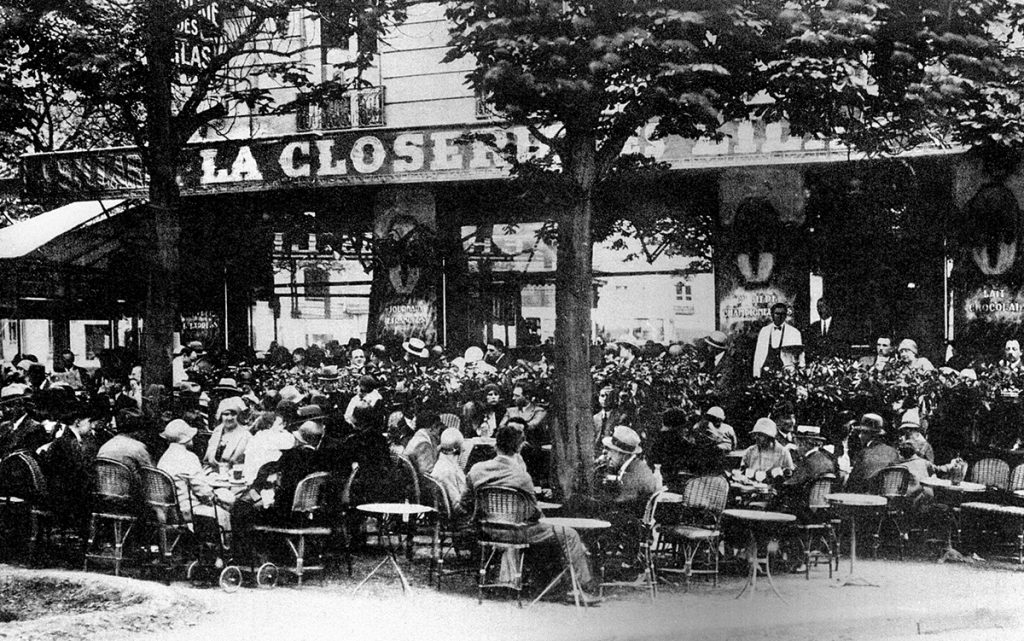 "The restaurant ""La Closerie des Lilas"" in Paris around 1925."